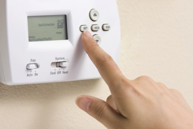 Thermostat heating controls